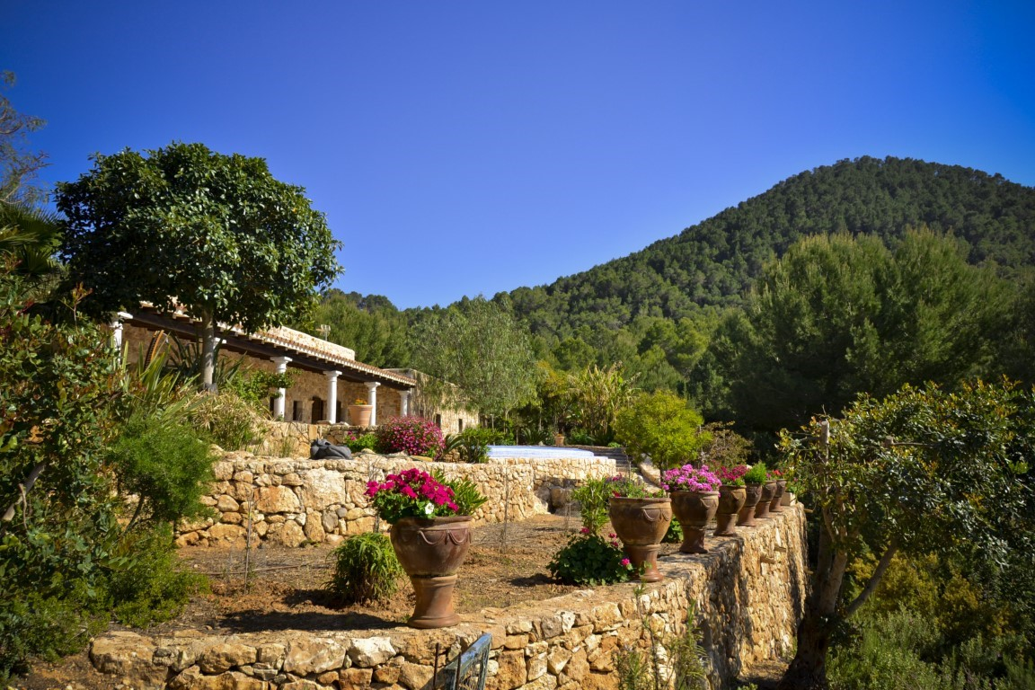 Private Jets For Rent >> Villa Nature. 5 bedrooms villa in Ibiza for rent ...