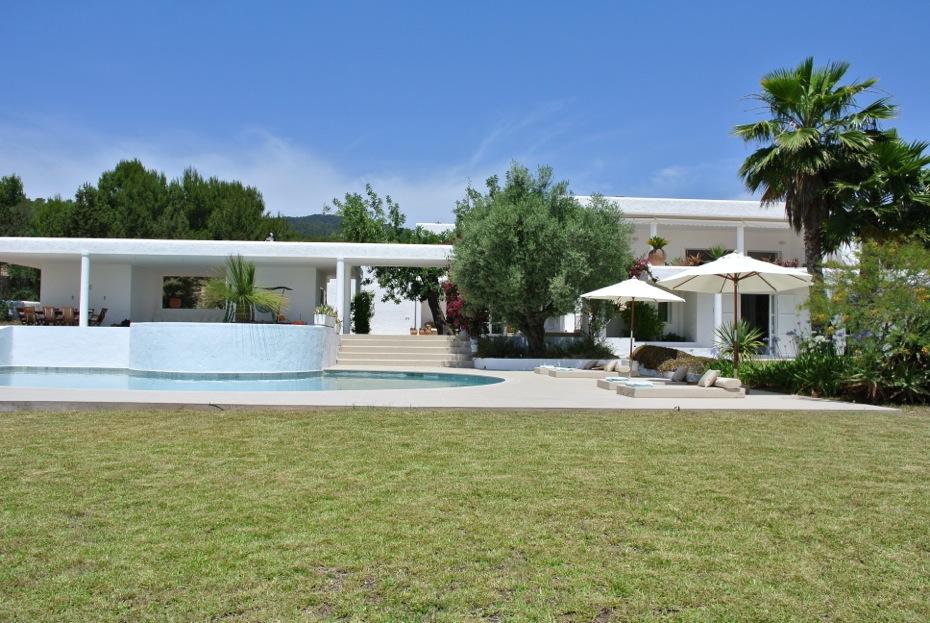 Villa Majuad. Villa de 6 habitaciones en Ibiza en alquiler